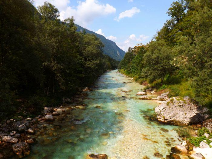Río Suca, aguas cristalinas y muy frías, la tónica general en Eslovenia