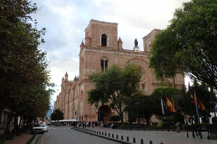 Catedral de Cuenca de ladrillo