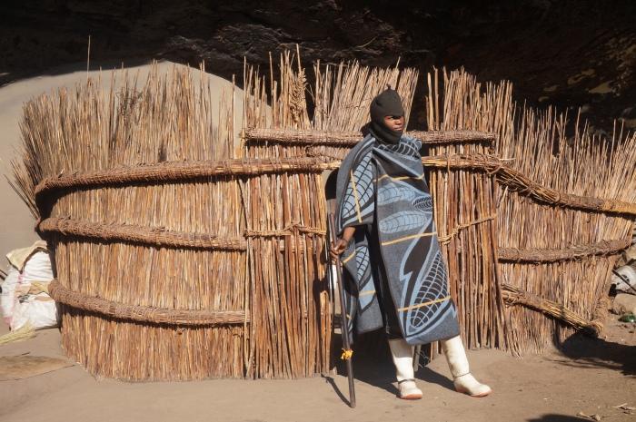Pastor típico de Lesotho con su manta