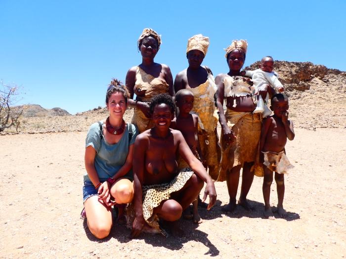 Bea con la tribu damara