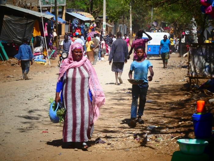 Vida callejera en Konso