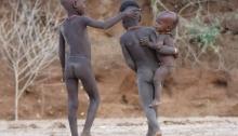 Niños de la tribu Hamer en Dimeka