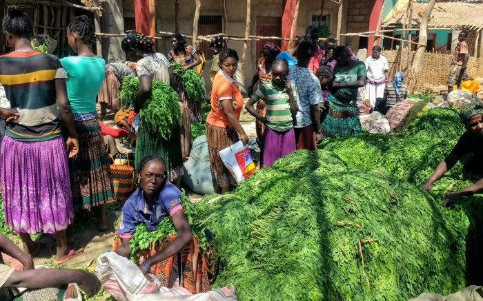 Verde en el mercado de Konso