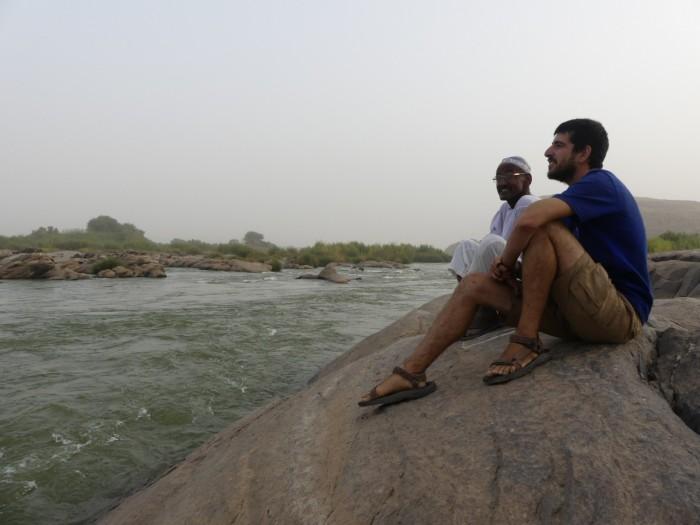 Con Ahmed en las terceras cataratas del Nilo en Sabu