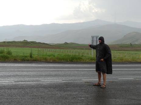 Uno de los pocos momentos en todo el viaje donde tocó sacar la capa de lluvia