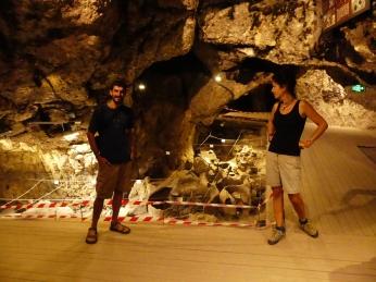 Cuevas neolíticas de Areni