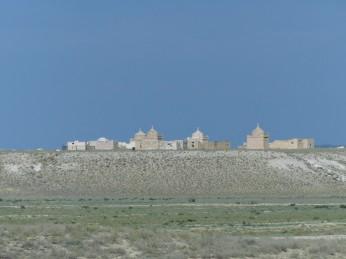 Escenas del desierto kazajo cerca de Aktau