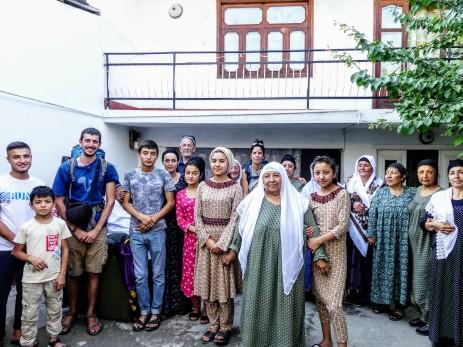 Nos invitaron a comer en Istaravshan